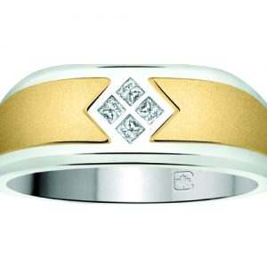 image of 41-614- MANS DIAMOND RING_Total of four princess cut diamonds, 0.24 Ct. total weight