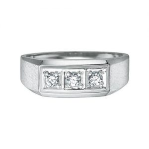 image of 41-650 41-614- MANS DIAMOND RING_Total of 3 round cut diamonds, 0.24 Ct. total weight