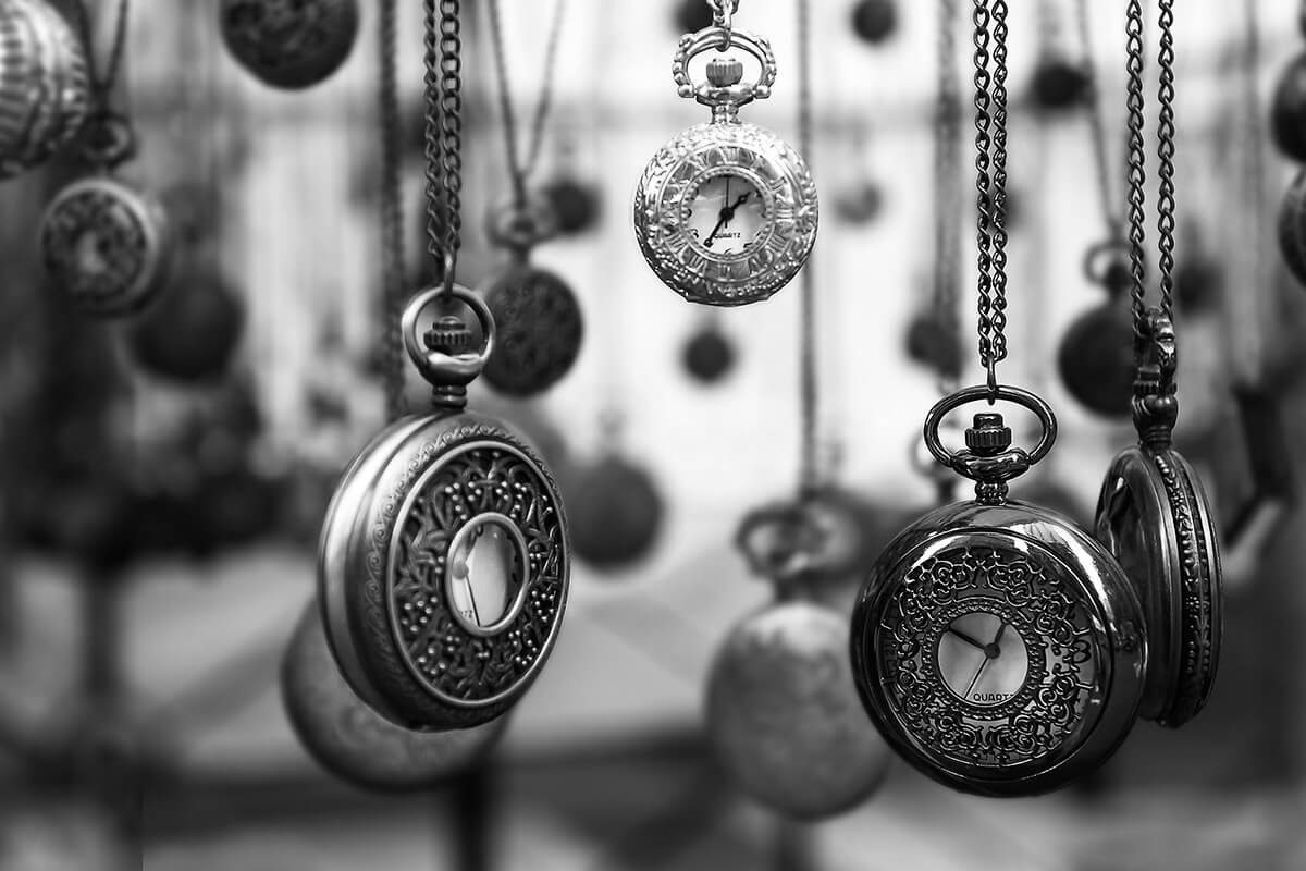 Image of clocks to represent Hamlet Jewellery Family History